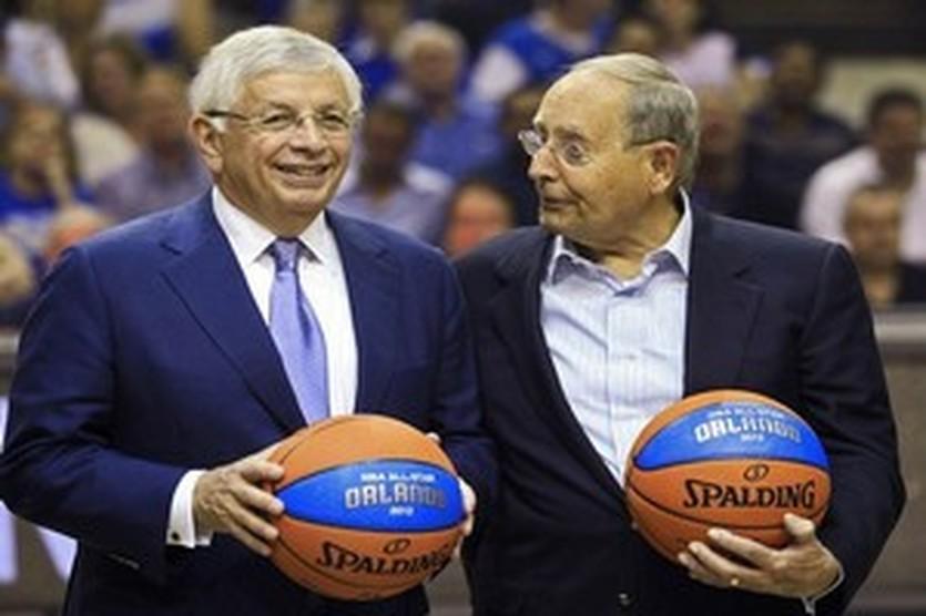 Дэвид Стерн (слева), Reuters