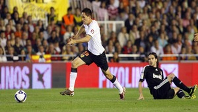 Мичел (слева), futbolistadigital.com