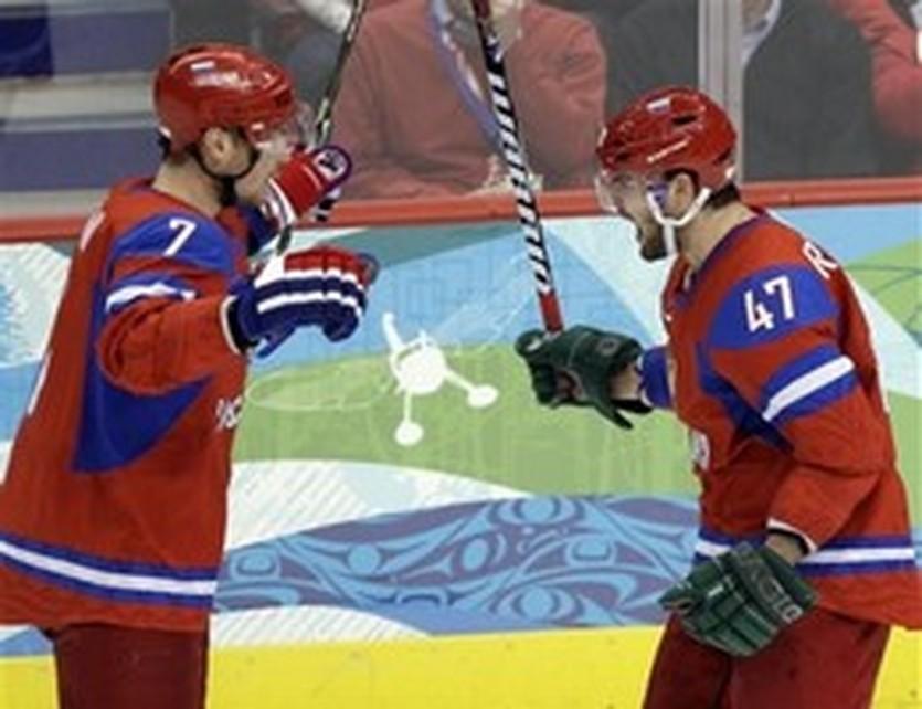 Александр Радулов (справа), AP