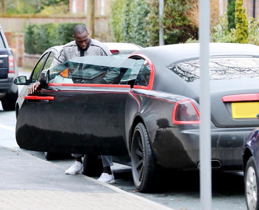Ромелу Лукаку и его Rolls Royce за 250 тысяч фунтов