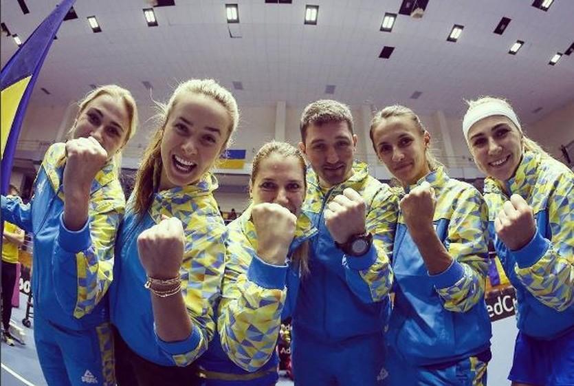 Украинские теннисистки показали свои наряды перед матчем с Германией