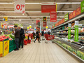 Правительство отпускает цены на социальные товары