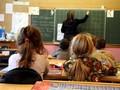Азаров хочет сделать 1 сентября выходным для родителей