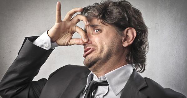 Беспокоит запах изо рта что делать народные средства