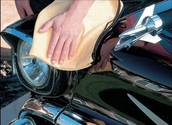 Полировка кузова автомобиля салфеткой