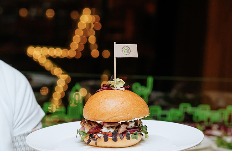 Благотворительный вечер в Starburger от FashionAid
