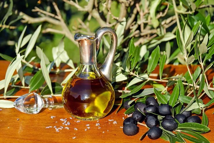Оливковое масло: какое и для чего выбрать?