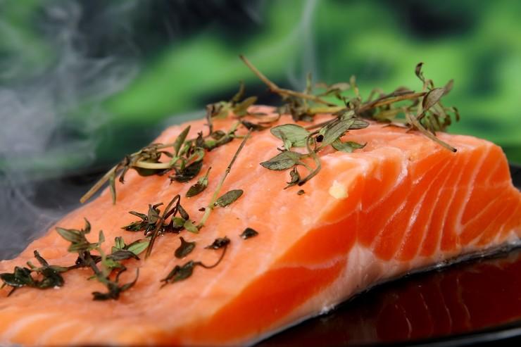 Как избавиться от запаха рыбы