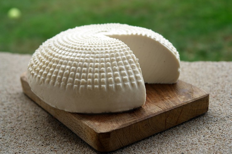 Что приготовить из адыгейского сыра