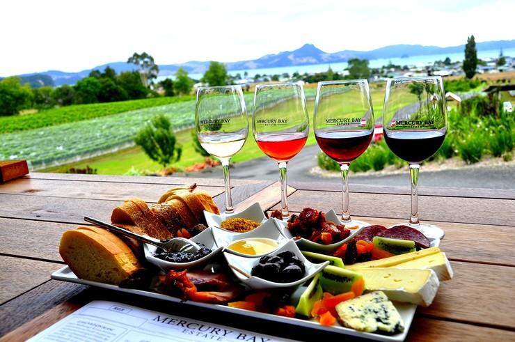 ТОП-10 лучших сочетаний вина и сыра