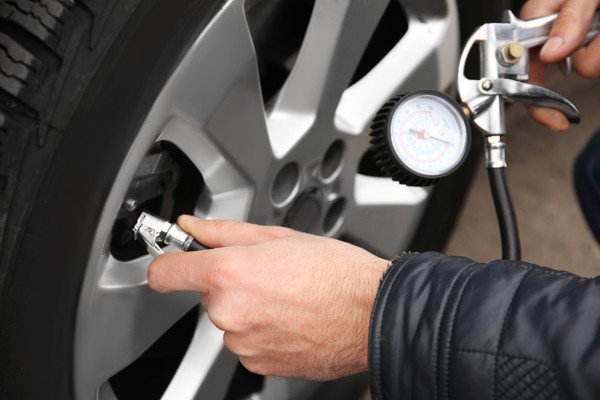Все, что нужно знать о давлении в шинах автомобиля: Советы